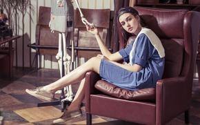 Picture look, style, model, chair, dress, skeleton, cap, baseball cap