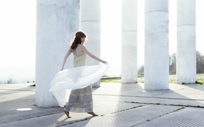 Picture girl, dress, columns, red