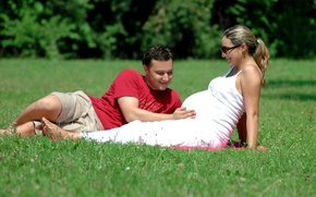 Picture field, grass, love, family, pair, mom, dad, pregnancy, scuttle