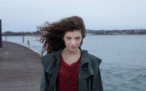 Picture electronics, Lord, indie pop, songwriter, Lorde, Ella Maria Lani Yelich-O'Connor, new Zealand singer, art-pop, Royals