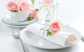 Picture napkin, holiday, roses, serving, plates, decor