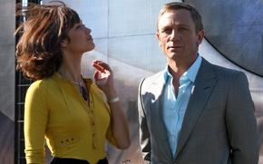 Picture Olga Kurylenko, actors, Daniel Craig, Quantum Of Solace