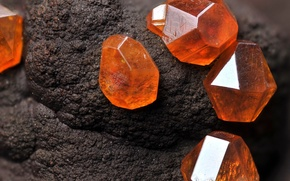 Picture stone, mineral, Amber