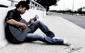 Picture street, guitar, guy