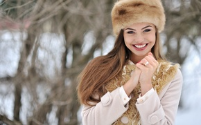 Picture winter, look, girl, snow, face, smile, mood, hat, hands, gloves, fur, coat