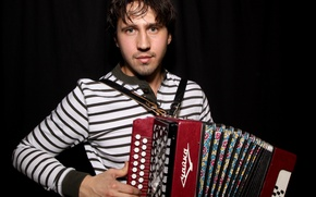 Picture actor, singer, accordion, Igor Rasteryaev