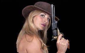 Picture look, girl, face, gun, hair, hat, revolver