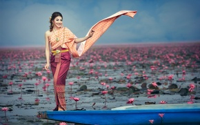 Picture girl, flowers, smile, boat, East, Fashion Asia