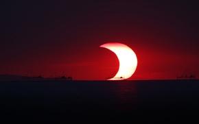 Picture the ocean, The sun, The moon, horizon, Eclipse, partial