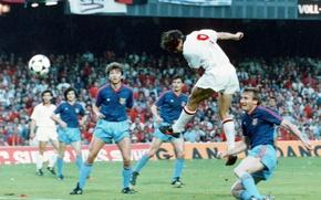 Picture the ball, The Swan of Utrecht, Marco van Basten, San Marco, the header