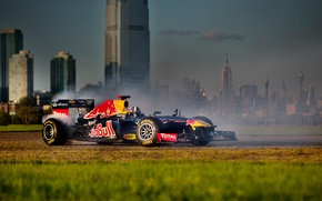 Picture formula 1, RB7, the car, New-York, Red Bull, David Coulthard