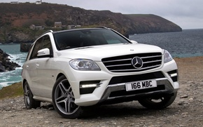 Picture white, Mercedes-Benz, Mercedes, jeep, AMG, the front, crossover, 350, Sports Package, BlueTec
