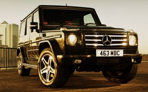 Picture machine, jeep, mersedes g55