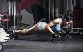 Picture pose, fitness, gym, pushups