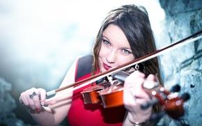 Picture smile, violin, Sabrina