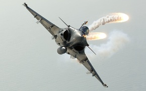 """Picture flight, fighter, turn, flares, generation, multipurpose, French, Dassault Rafale, fourth, Squall, Dassault """"Rafale"""", shooting"""