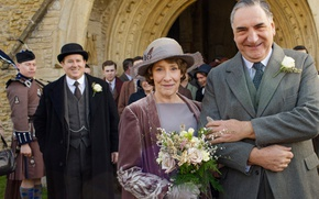 Wallpaper drama, Downton Abbey, Charles Carson, Elsie Hughes, Jim Carter, Phyllis Logan, characters, actors, the series