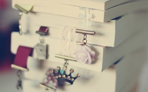 Picture macro, background, Wallpaper, mood, books, roses, crown, page, wallpapers, bookmark, rosette