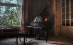Picture music, piano, the player´s place