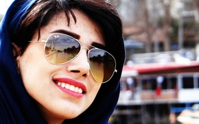 Picture girl, pretty, scarf, sunglasses