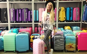Picture photo, model, Girl, hat, tattoo, blonde, bags, shop, Bantik Sized