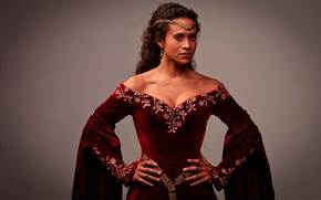 Picture Gwen, Merlin, Angel Coulby