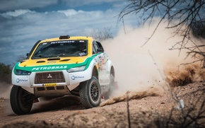 Picture Sand, Auto, Dust, Sport, Desert, Machine, Speed, Race, Grille, The hood, Mitsubishi, Mitsubishi, Jeep, Lights, ...