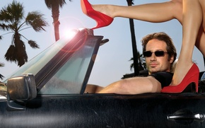 Picture machine, shoes, Hank Moody, californication