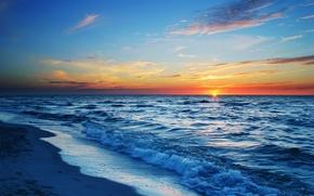 Picture sea, beach, the sun, the evening