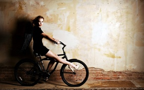 Picture girl, bike, wings