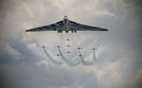 Picture aircraft, Red Arrows, Vulcan Bomber