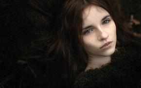 Picture hair, portrait, freckles, bokeh, beauty in moss