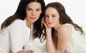 Picture the series, actress, Alexis Bledel, Gilmore Girls, Lorelai Gilmore, Lauren Graham, Gilmore In ROR