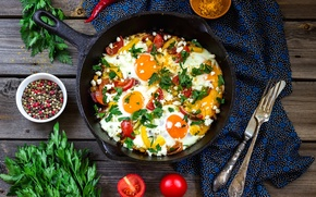 Picture knife, pepper, plug, scrambled eggs, vegetables, tomatoes, parsley, spices, pan