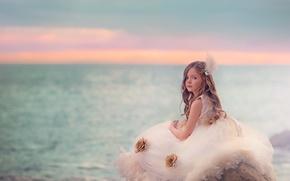 Picture sea, portrait, girl