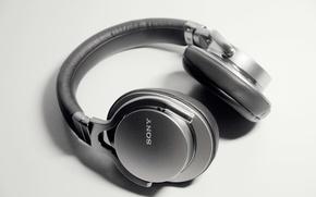 Picture white, black, sony, headphone, MDR-1A, prestige