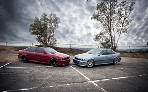 Picture the sky, trees, red, clouds, blue, bmw, BMW, red, side view, blue, e39