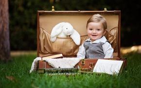 Picture children, suitcase, boys
