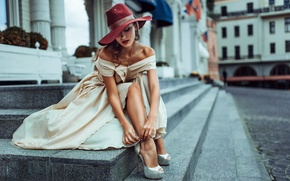 Picture girl, the city, hat, Russia, street style, Unclosed sexuality