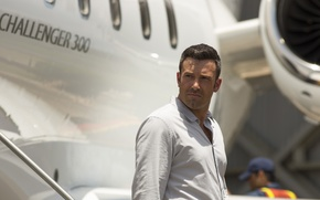 Picture the plane, frame, actor, shirt, Ben Affleck, Ben Affleck, Runner Runner, Va-Bank
