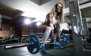 Picture pose, strength, female, crossfit, technique, weight bar
