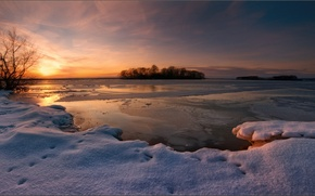 Picture lake, the evening, winter, snow, sunset