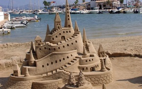 Picture sea, beach, castle, yachts