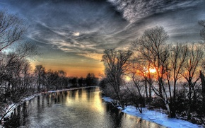 Picture forest, water, snow, sunset, river