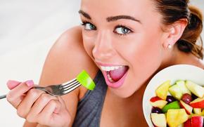 Picture smile, fork, salad