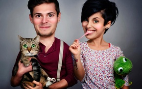 Picture cat, humor, husband, wife, family photo