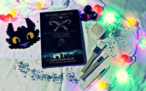 Picture fragments, new year, book, glass, garland, brush, brush, book, toothless, garland, brush, themortalinstruments, oradjacent