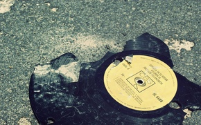 Picture sadness, fragments, record