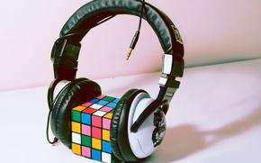 Picture style, headphones, Rubik's cube