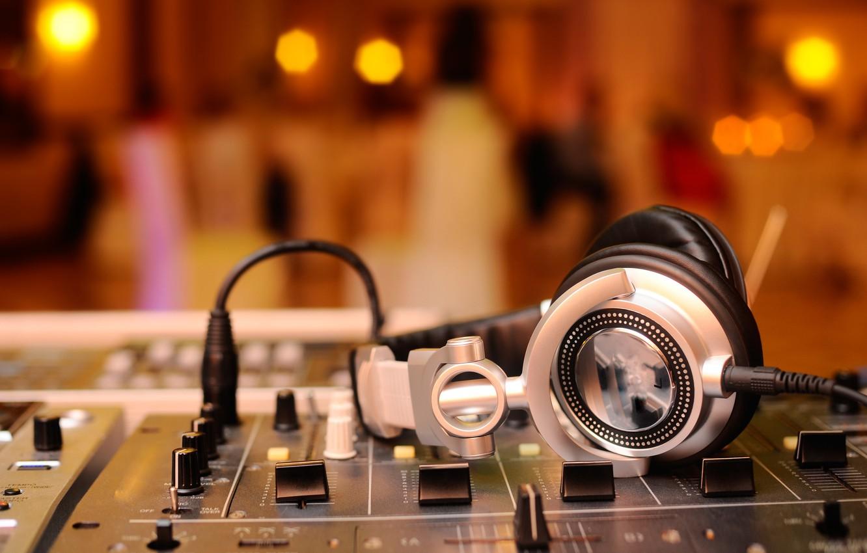 Photo wallpaper macro, music, music, blur, headphones, sound, remote, party, amplifier, mixer, DJ, headphones, hi-tech, bokeh, wallpaper., …